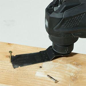 10.8V無繩多功能工具CV12DA應用示例:釘子和螺絲切割